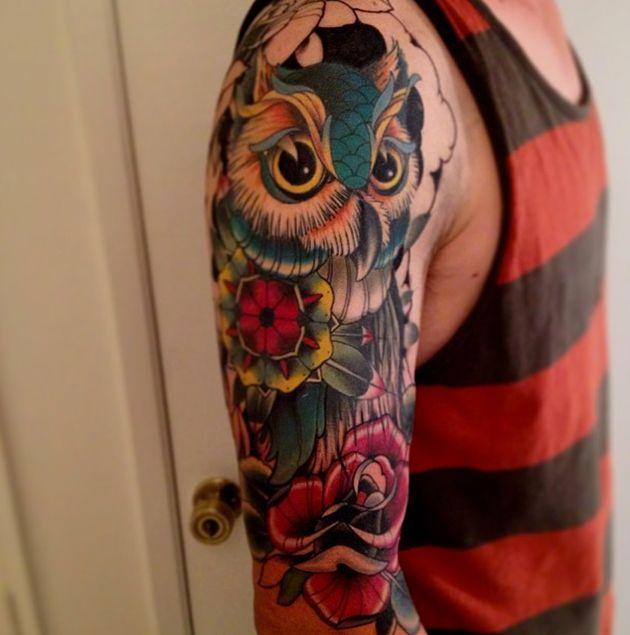 I would love love love an owl sleeve tattoo