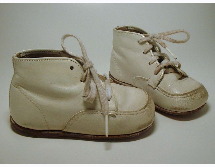 Vintage Hard Sole Baby Shoes Buster Brown Girls