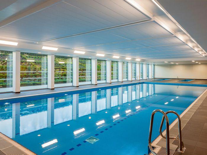 10 best sport tottenham hotspur fc training centre for Pool design certification