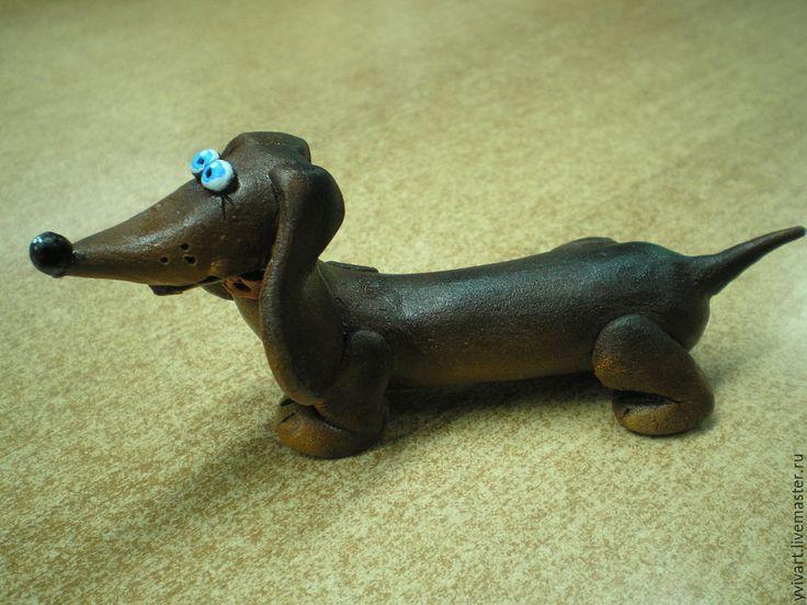 Купить Такса Милка - коричневый, такса, смешная статуэтка, в коллекцию, Сувенир ручной работы, таксы