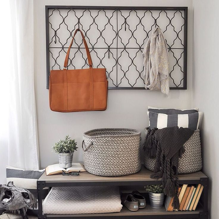 Ashley of @cherishedbliss proves that plenty of style and function can live happily in a small space. Check out the blog to see how she crafts an industrial-farmhouse entryway.