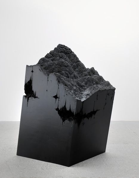 Nachtwanderung, 2009 wood, acrylic resin, oil 142 x 91 x 78 cm Stefanie Buhler