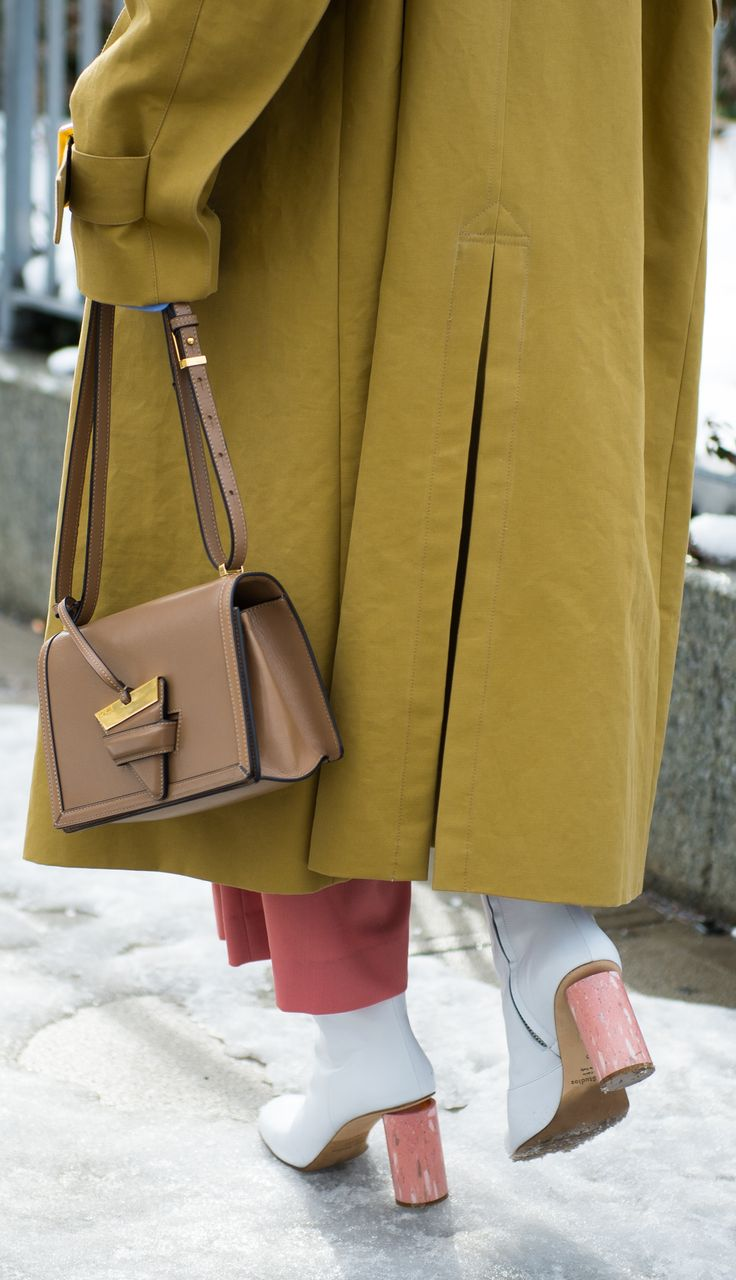 The most sought after accessory of the season, shop the Loewe 'Barcelona' crossbody bag now at Farfetch.