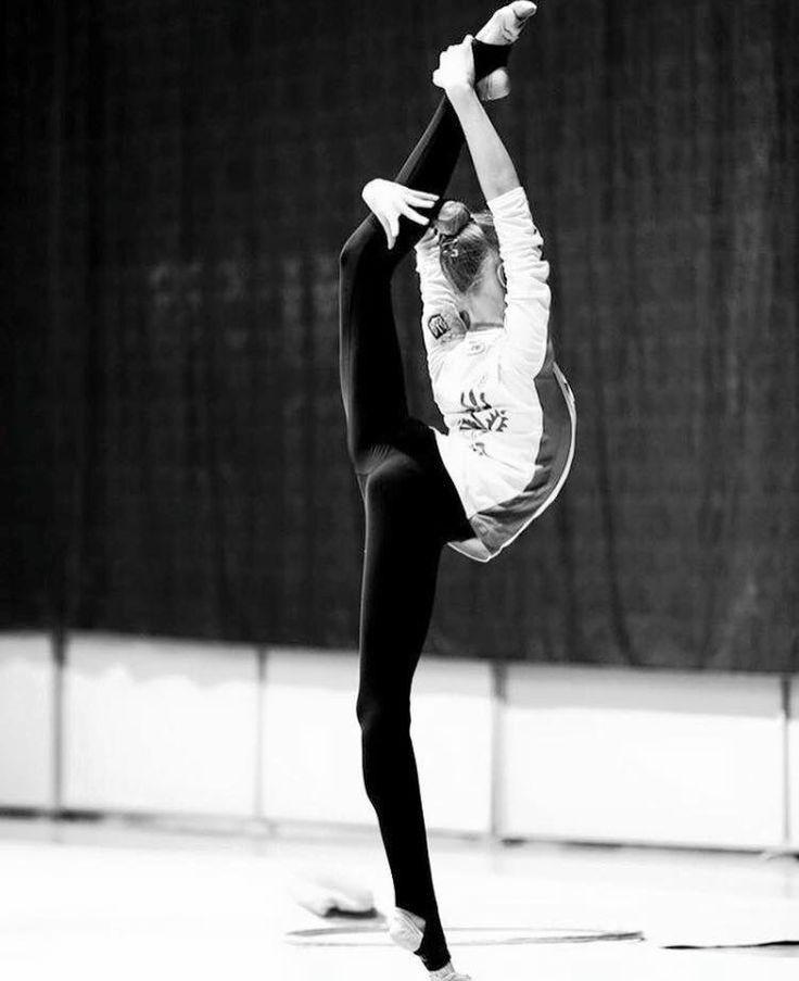 <<Alena Dyachenko (Ukraine)>>