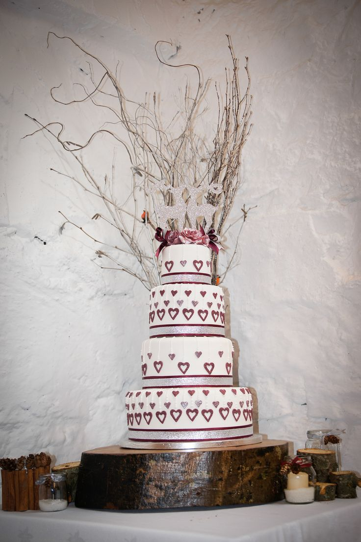 my wedding cake first time doing a four tier but turned out well