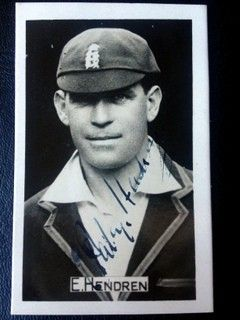 Patsy Hendren, Middlesex, Eng (1907 -1937) Signed Photo - Elias Henry Hendren scored 170 first class centuries, batting average 47.3