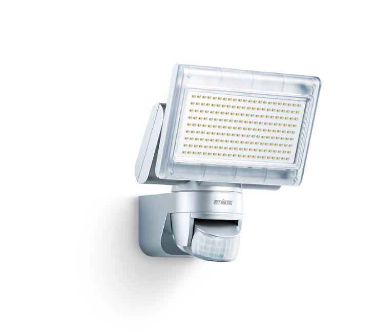 #Strahler #Steinel #ST 002688   STEINEL XLED home 1 Wand 800W Silber  Wand LED AC Silber Passiver Infrarot-Sensor     Hier klicken, um weiterzulesen.