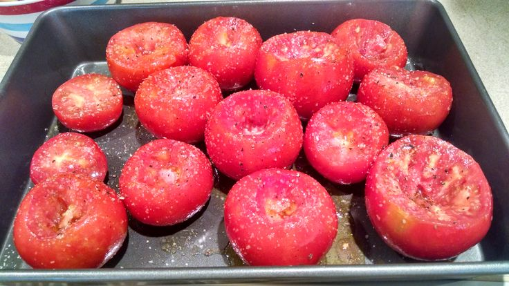 {easy recipe} how to oven roast tomatoes from your garden for freezing