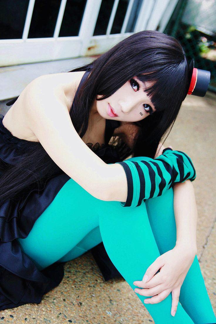 Izumi-Lee - Mio Cosplay - K-On