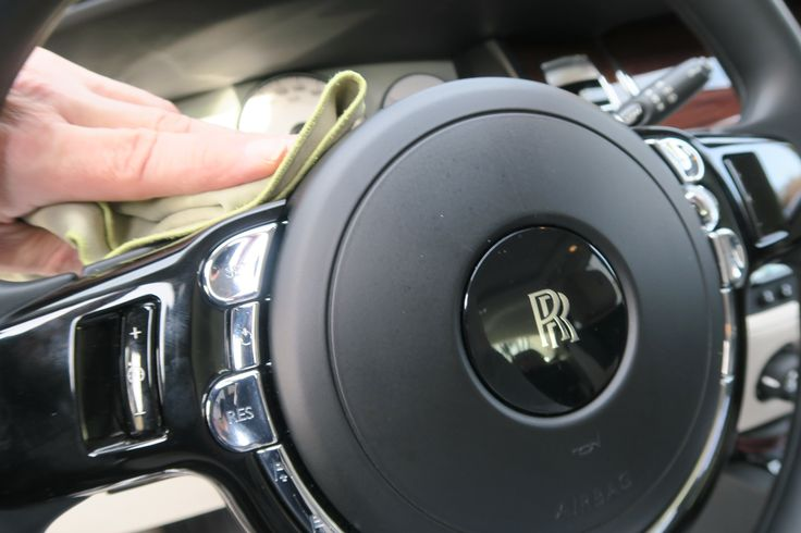 Rolls Royce Innenraumpflege! www.avp-autopflege.ch