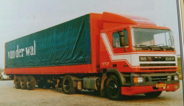 DAF FT 95 4x2 met huifoplegger van Van der Wal in Groningen