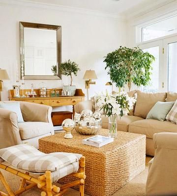 15 Comfortable Family Rooms. Best 25  Casual family rooms ideas only on Pinterest   Beach style