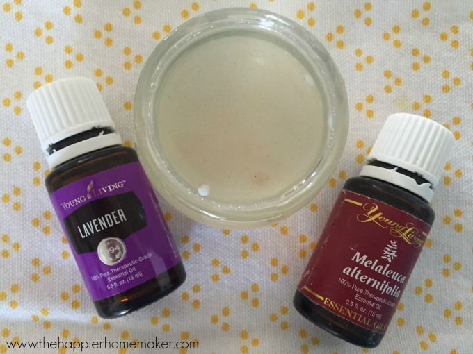 DIY All Natural Bug Bite Relief Balm- this stuff is a must for summertime mosquito bites!! It's like After Bite but natural, made with essential oils!
