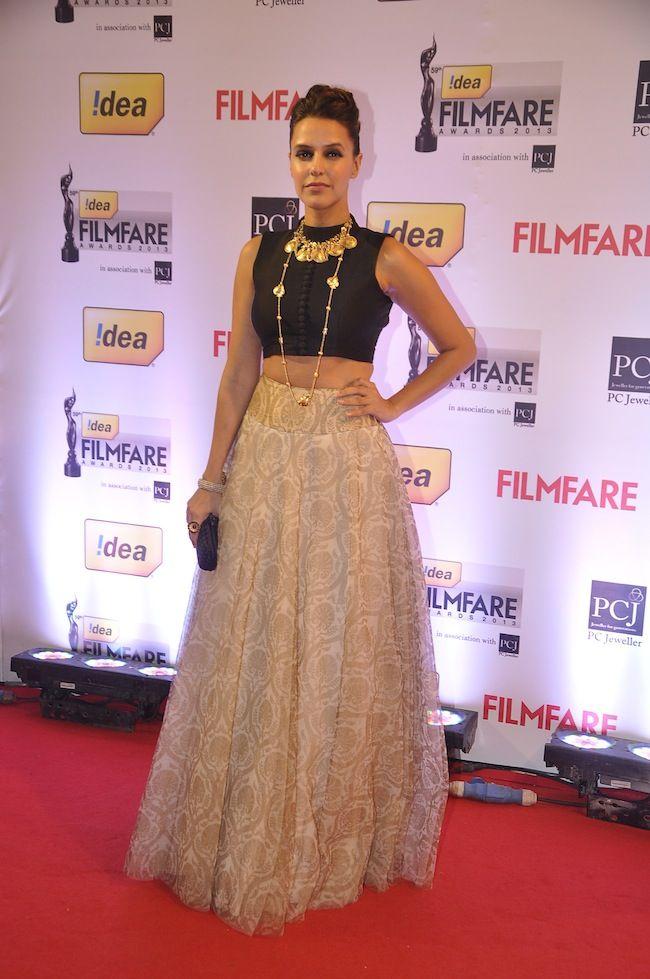 Neha Dhupia walked the Red Carpet at the 59th Idea Filmfare Awards 2013. #Style #Bollywood #Fashion #Beauty