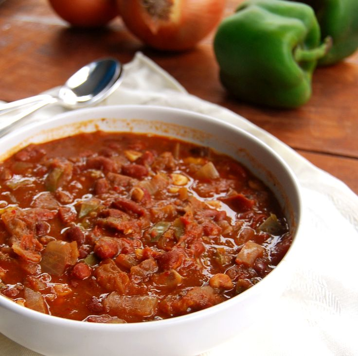 Dr. Joel Fuhrman's recipe for a healthy, fat-free and sodium-free crock pot chili. This recipe has 21 g of protein and 15 g of fiber in a single serving.