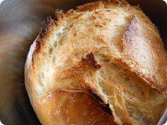 Pane croccante in pentola tipo pane cafone