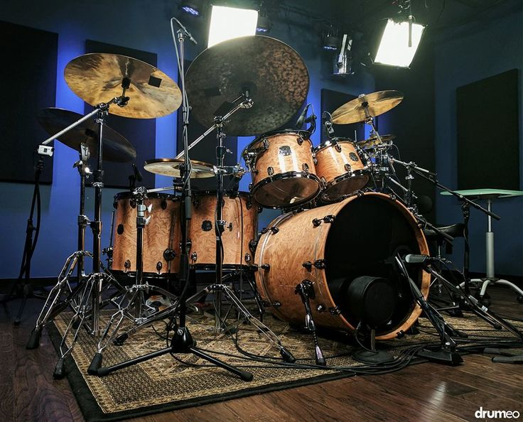 Mapex Saturn V Exotic in natural maple. <3<3<3 Credits to Drumeo. #Drumeo #drums #Drumming #Mapex #Saturn #Maple