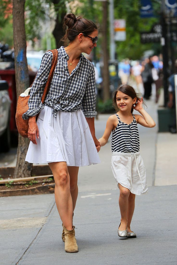 Katie Holmes and Suri Cruise - The Cut