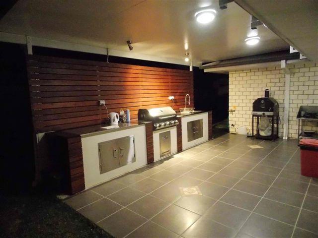 Outdoor kitchen Aussie style! #solarspan #australian #bbq
