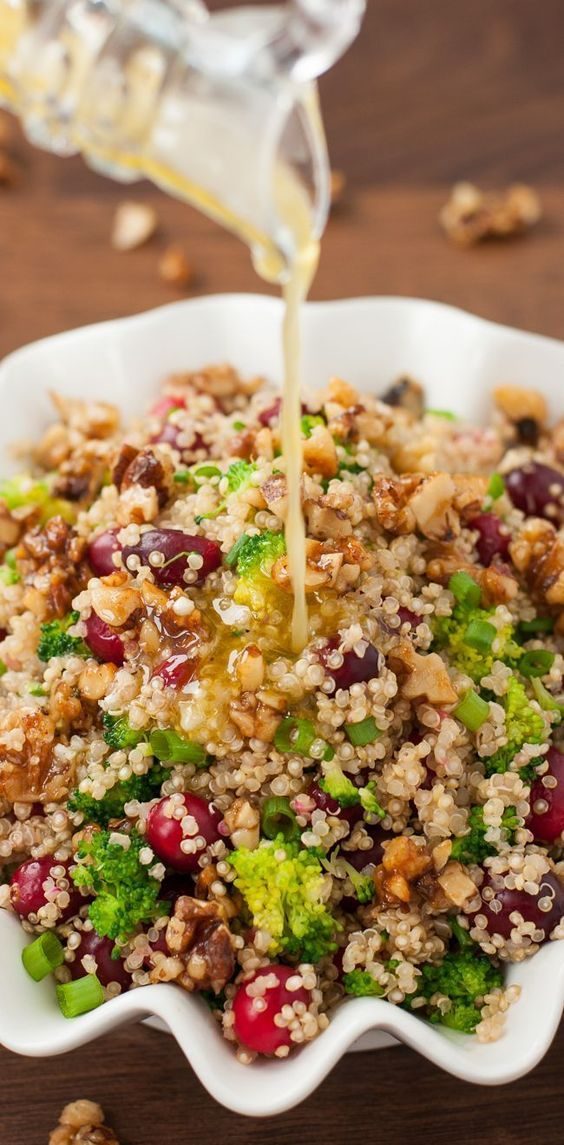 Cranberry Quinoa Salad with Candied Walnuts :: my favorite Fall recipe!