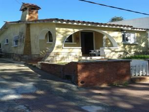 Casas para alquilar en el centro de Piriápolis.   #Turismo #Uruguay #CasasenelEste