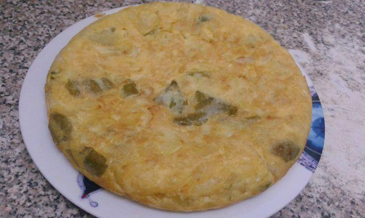 Tortilla española con pimiento italiano.