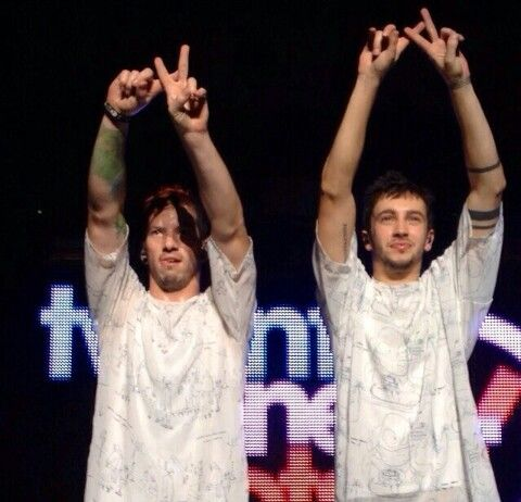 Josh and Tyler Omg josh is concentrating rlly hard on doing it right