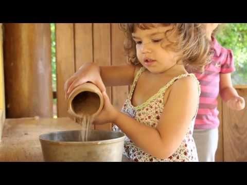 Casa Amarela - Escola Waldorf - YouTube