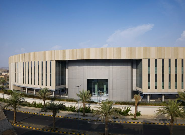 King Saud bin Abdulaziz University for Health Sciences – Jeddah Campus by Perkins + Will. Nick Merrick ©Hedrich Blessing. New entry for the WAN Concrete in Architecture Award 2014 #concrete #architecture