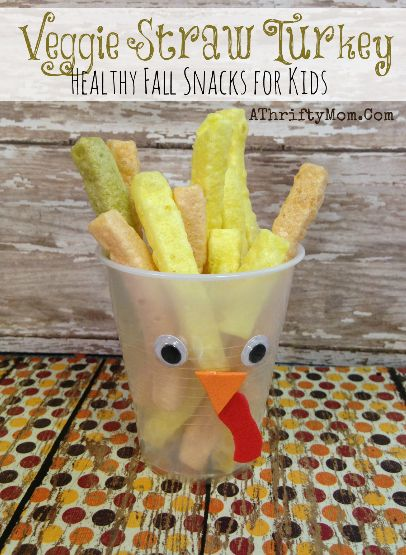 Turkey Veggie Straw snack, fast and eeasy healthy snack for kids. Perfect for Thanksgiving: