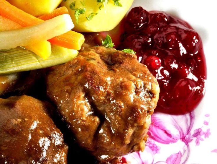 Klassiske kaker, i alle fall om arven inkluderer både muskat, ingefær og allehånde. Server med brun saus, smørdampede grønnsaker og tyttebærsyltetøy. Kilde: Aftenposten