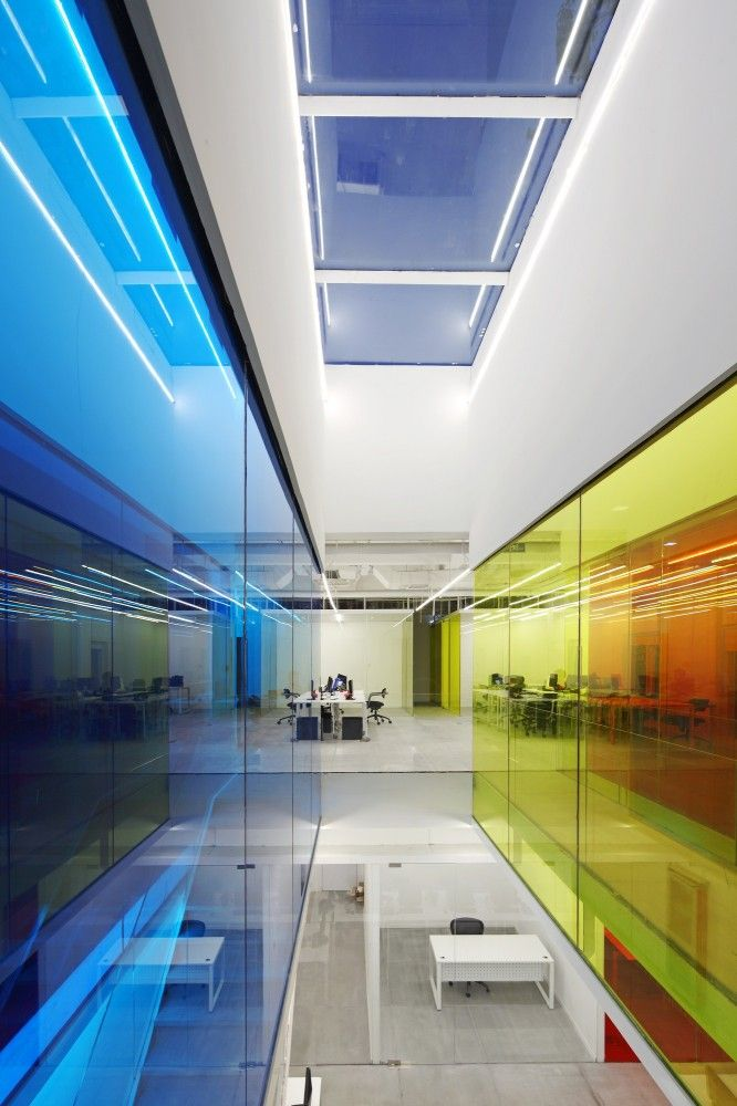 21 Cake Headquarters / People's Architecture OfficePeople Architecture, Beijing China, Modern Architecture, Glasses Wall, Architecture Offices, Colors Glasses, 21 Cake, Cake Headquarters, Design Offices
