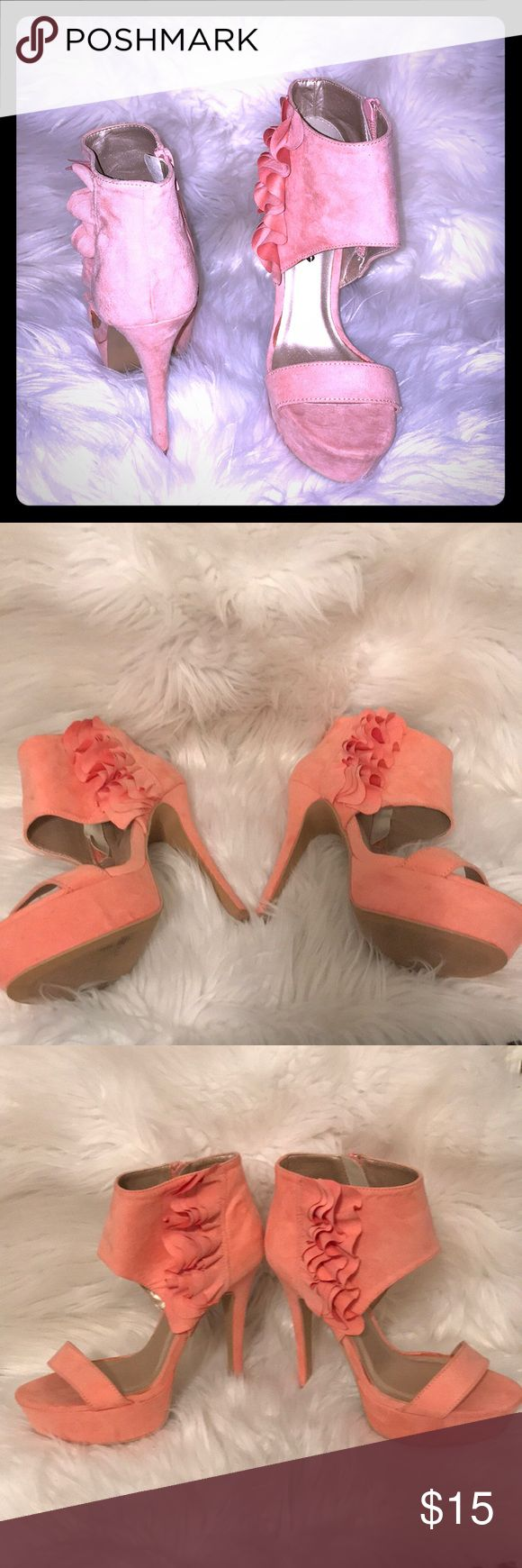 """Body Central Peach Hot Heels 👠 NWOT.. Never Worn. Perfect with any summer outfit. Size 7 H H 5"""" Body Central Shoes Heels"""
