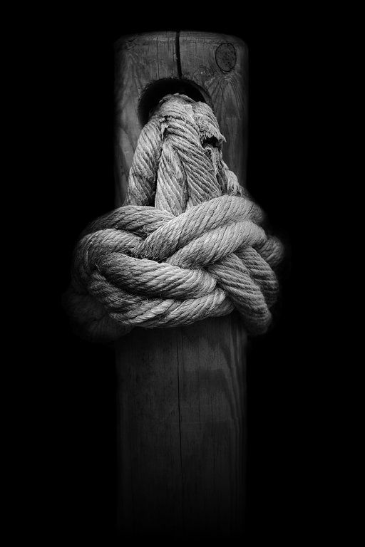 Knot on Wood by Eduardo Pérez on 500px