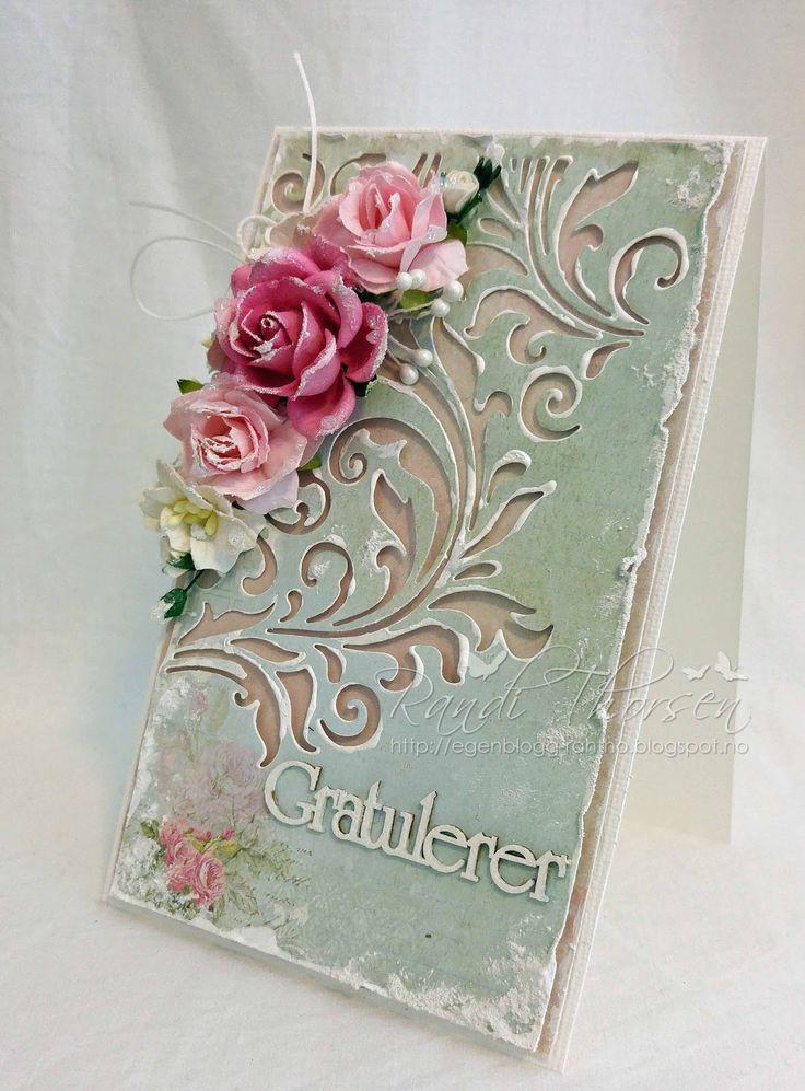 Et gratulasjonskort i shabby chic-stil. Her har jeg brukt blomster og pyntebær fra Wild Orchid Crafts . Jeg har brukt dies...
