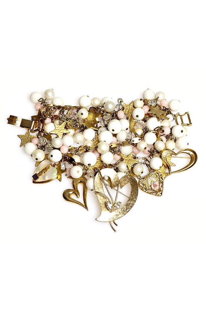 So much in love. Match with your Dirndl or just wear every day. Handmade bracelet by Ophelia Blaimer