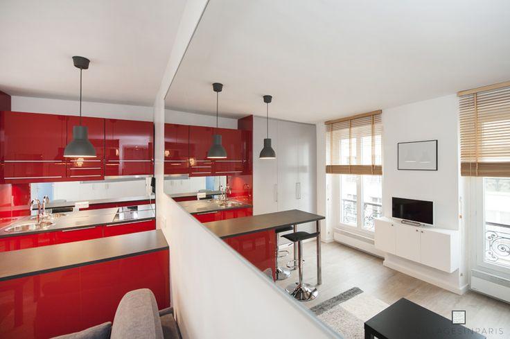 Miroir agrandir espace - Canapé - Studio optimisé
