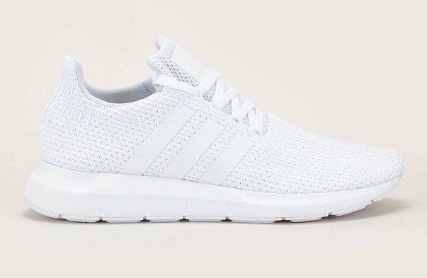 Adidas Sneakers Swift Run blanc pas cher prix Baskets Femme Monshowroom  89.95 € TTC.
