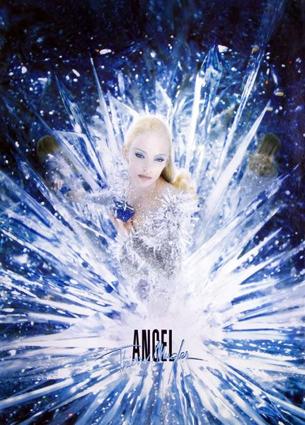 Publicité du parfum Angel(1999 - 2000) de Thierry Mugler
