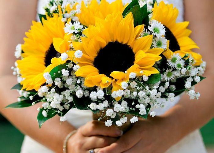 夏はひまわりをテーマに、元気いっぱい明るい結婚式がしたい**