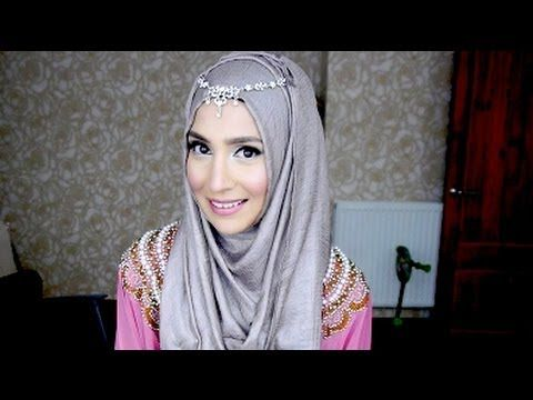 This is exactly what I was looking for! HOOJAB AND DAISY CHAIN TUTORIAL!
