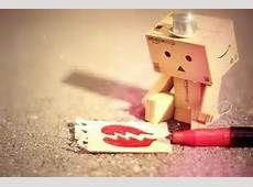 Een gebroken hart omdat het meisje ruzie heeft met de jongen en omdat de moeder van hem ook kwaad is op de vader.