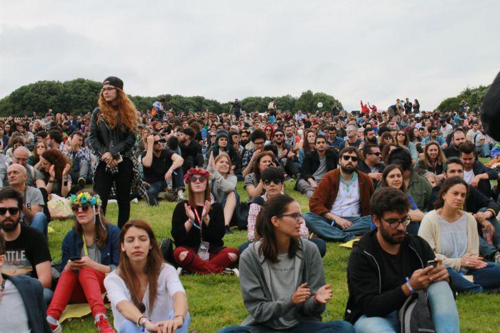 NOS PRIMAVERA SOUND (dia 1): A festa dos Justice em dia de Rodrigo Leão e Arab Strap  #cartaznosprimaverasound2017 #cartazprimaverasound2017 #festivalparquedacidade #nosprimaverasound #nosprimaverasound2016 #nosprimaverasound2017 #nosprimaverasoundcartaz #nosprimaverasoundporto #parquedacidade #passeiodasvirtudesporto #primavera2017 #primaveraporto #primaverasound #primaverasound2016porto #primaverasound2017 #primaverasound2017cartaz #primaverasoundporto #primaverasoundporto2016