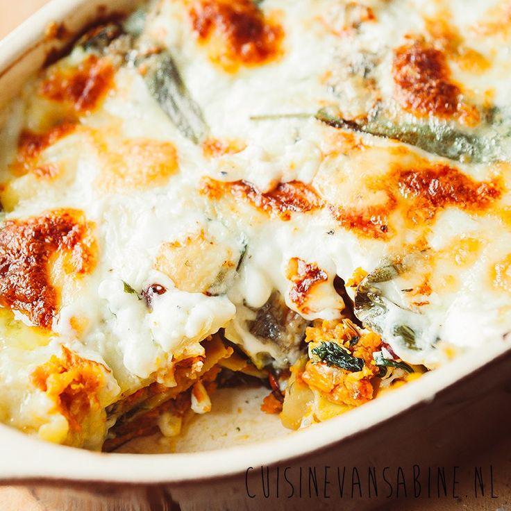 Heerlijke vegetarische lasagne met pompoen, spinazie, salie en gorgonzola   Delicious vegetarian lasagne with pumpkin and spinach