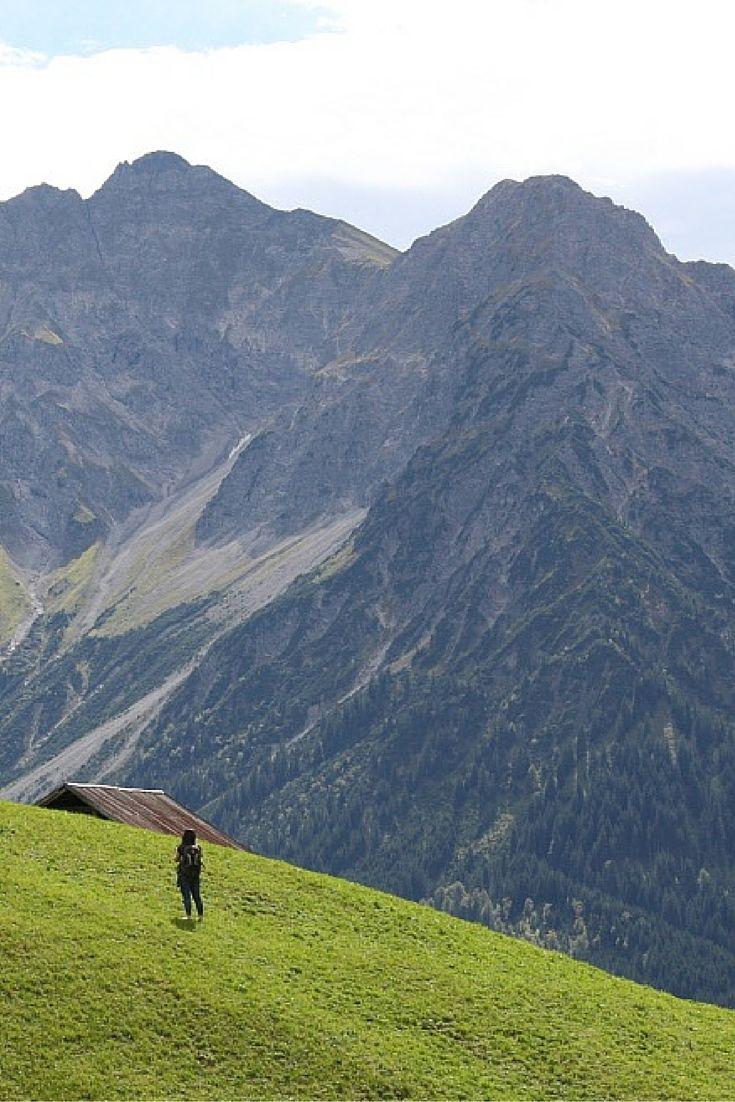 The Kleinwalsertal valley in Austria http://www.cityseacountry.com/kleinwalsertal-barfuss-wandern-kraeuterwanderung/