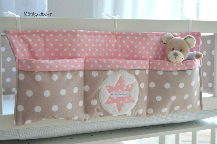 ....♥  Ich verkaufe hier eine liebevoll genähte Bett Tasche mit 3 einzelnen Fächern  Man hat am Bettchen immer was zu verstauen (Flasche, Spielze...