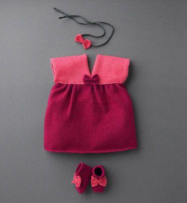 Modèle robe noeud layette