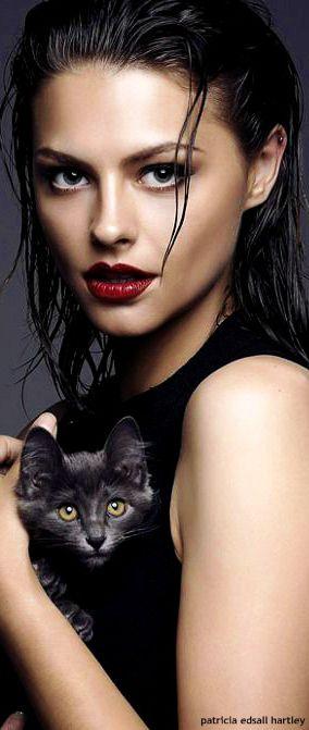 !!! Perfect red Lip !!! Catherine Vecchi V