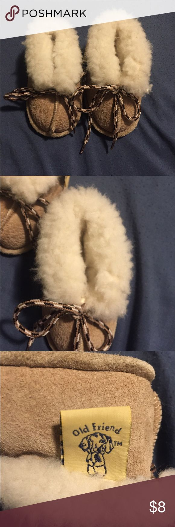 Old Friend Bootee Slippers 1-6 months sheepskin Leather and sheepskin booties in good, pre-loved condition. 1-6 months. Old Friend mark. old friend Shoes Slippers