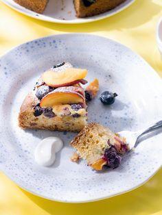 Griekse yoghurttaart met perzik en blauwe bessen | Spar